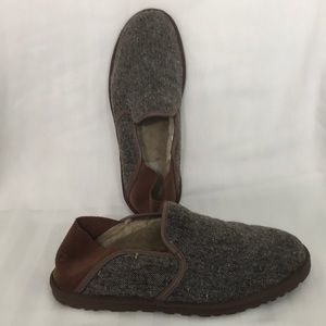 UGG. Size 10 1/2 Mens Slippers